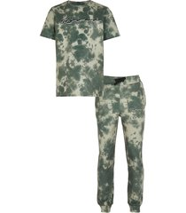 river island boys khaki tie dye t-shirt and joggers outfit