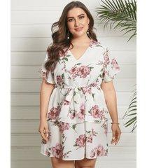 mini vestido de manga corta con cuello en v y estampado floral de doble capa