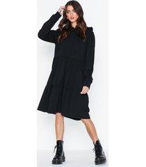 noisy may nmeda l/s hood sweat dress klänningar