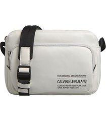 bolso feather weight  utility bag blanco calvin klein