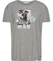 over t-shirt w. flower up print t-shirts & tops short-sleeved grå coster copenhagen