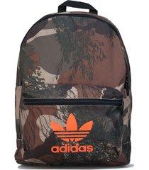 camo classic backpack