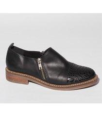 zapato negro bettona madrid3