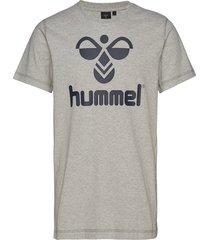classic bee cotton tee t-shirts short-sleeved grå hummel