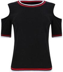 camiseta hombros descubiertos color negro, talla 12