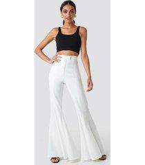 hoss x na-kd flowy pants - white