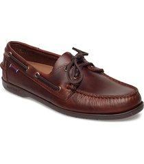 endeavor fgl oiled waxy båtskor skor brun sebago