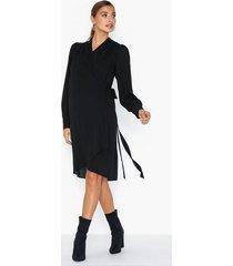 selected femme slfalva ls wrap dress noos långärmade klänningar
