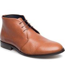 cast classic derby midcut desert boots snörskor brun royal republiq