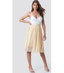 na-kd midi pleated skirt - beige