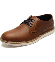 zapato formal café worker