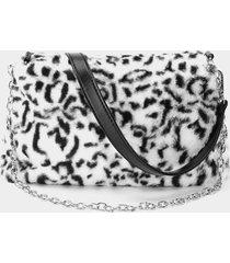 bolso bandolera mullido con diseño de cadena de leopardo