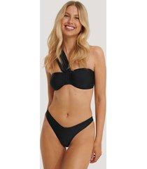 na-kd swimwear v-shape front bikini bottom - black