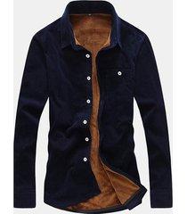 uomo casual camicia in velluto a coste pesante con taschino in colore a tinta unitaq