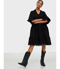 neo noir kiko embroidery dress loose fit dresses