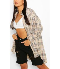oversized dipped hem flanneled shirt, stone