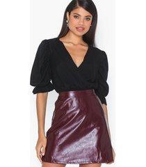 only onlbella glazed faux leather skirt minikjolar