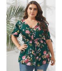 blusa con lazo con estampado floral y cuello en v de talla grande diseño