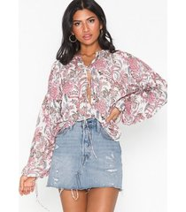 nly trend boho printed blouse vardagsblusar