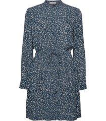 monique shirt dress aop 8083 knälång klänning blå samsøe samsøe