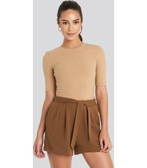 mango fast shorts - brown