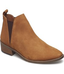 dante ankle boot shoes boots ankle boots ankle boots flat heel brun steve madden