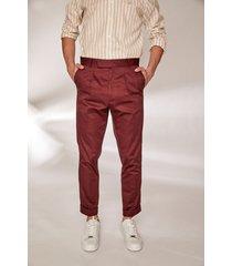pantalón bordó prototype marlon