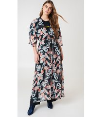 na-kd boho chiffon coat dress - multicolor