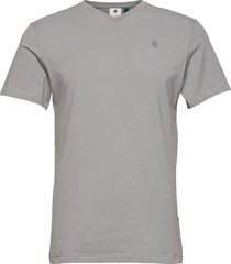 base-s v t s\s t-shirts short-sleeved grå g-star raw