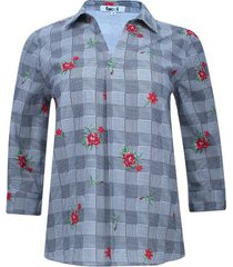 camisa flores y cuadros color rojo, talla 10