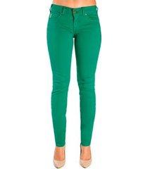 calça sarja skinny color colcci