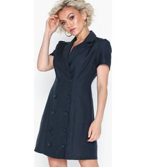 glamorous short sleeve suit dress festklänningar