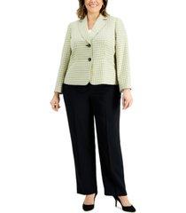 le suit plus size two-button plaid pantsuit
