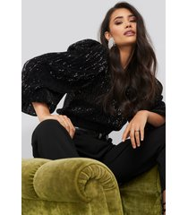 na-kd party puff sleeeve sequin blouse - black