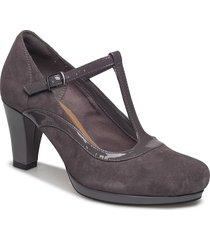 chorus pitch shoes pumps classic svart clarks