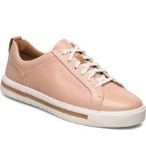un maui lace låga sneakers rosa clarks