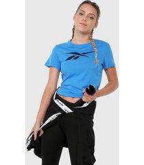 camiseta azul turquesa reebok essentials vector