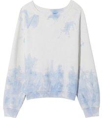 classic crew neck sweatshirt in sky blue tie dye