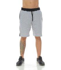 pantaloneta estilo jogger, color gris jaspe