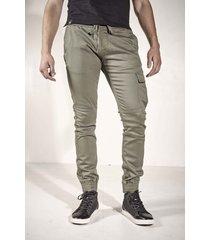 pantalón verde rever pass pocket