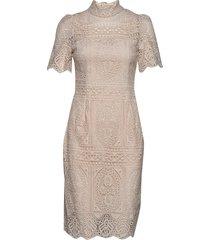 naima dress knälång klänning beige by malina