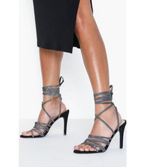 nly shoes hold me close heel high heel