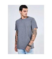 camiseta manga curta com textura