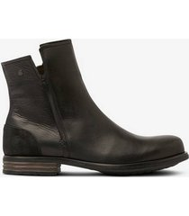 boots clear w leather shoe