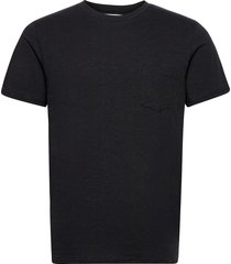 the organic tee w. pocket t-shirts short-sleeved svart by garment makers