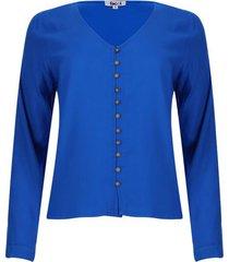 blusa con botones color azul, talla 6