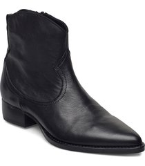 akoni shoes boots ankle boots ankle boot - heel svart re:designed est 2003