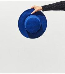 sombrero azul 47 street england