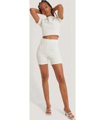 na-kd ribbade shorts - offwhite