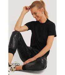 trendyol draperad t-shirt med hög krage - black